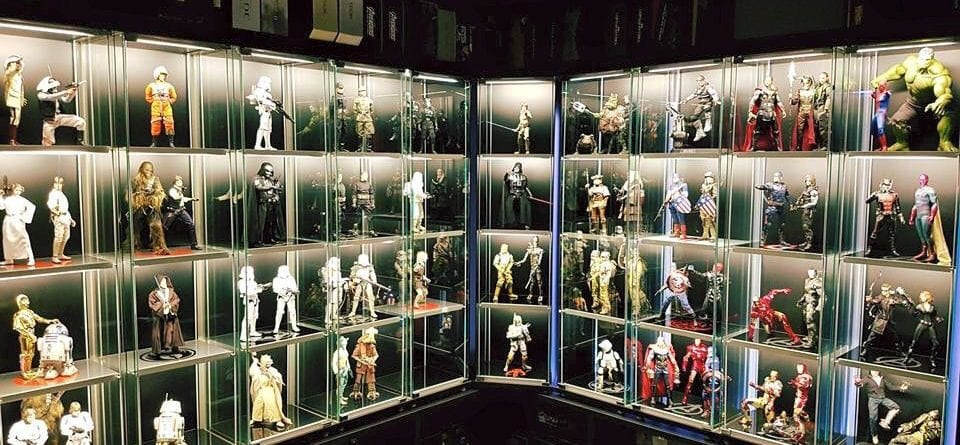 How To Display Your Hot Toys Collection Toy Origin