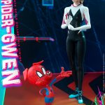 hot-toys-spider-gwen-sixth-scale-figure-spider-man-into-the-spider-verse-mms-576-img04