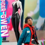 hot-toys-spider-gwen-sixth-scale-figure-spider-man-into-the-spider-verse-mms-576-img06