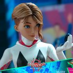 hot-toys-spider-gwen-sixth-scale-figure-spider-man-into-the-spider-verse-mms-576-img14