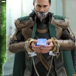 hot-toys-loki-sixth-scale-figure-avengers-endgame-marvel-collectibles-mms-579-img09