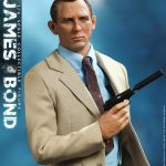 present-toys-pt-sp08-james-bond-1-6-scale-figure-agent-007-sixth-scale-collectibles-img05